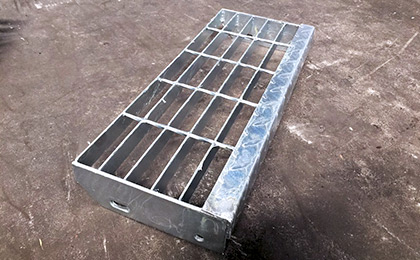 踏步板/钢梯踏步板